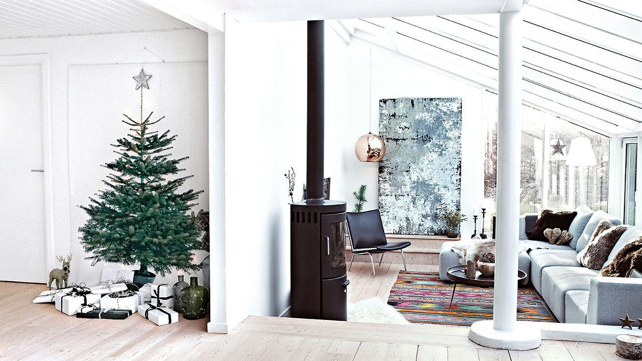 Christmas living room | interiors + nesting | Pinterest | Christmas ...