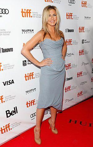 Jennifer Aniston on How She Keeps Up Her Yoga Practice: Skype