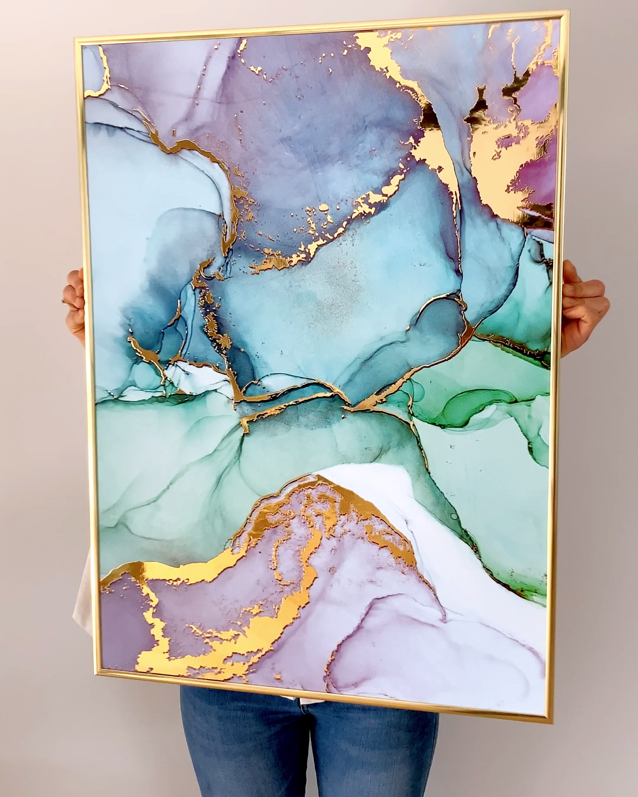 Poster Mit Echtem Glanzeffekt Suchen Sie Deko Inspirationen Fur Ihr Zuhause Sie Mussen Diese Plakate Haben Poste In 2020 Luxury Living Room Design Resin Art Art