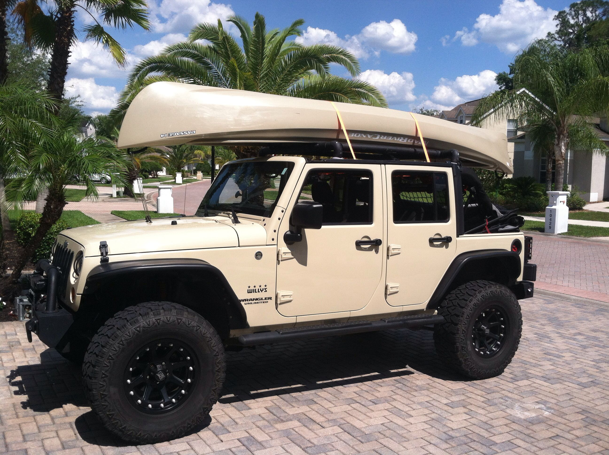 2012 sahara tan jk headed towards the water jeeps. Black Bedroom Furniture Sets. Home Design Ideas
