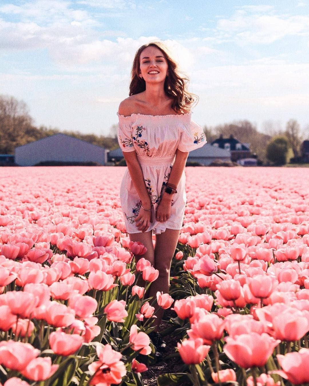 Can't stop with tulips fields!! Just look how beautiful they