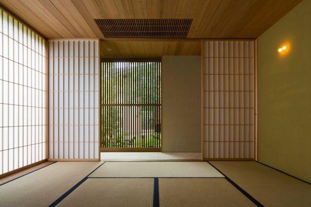 la maison moderne japonaise par uemachi laboratory plans. Black Bedroom Furniture Sets. Home Design Ideas