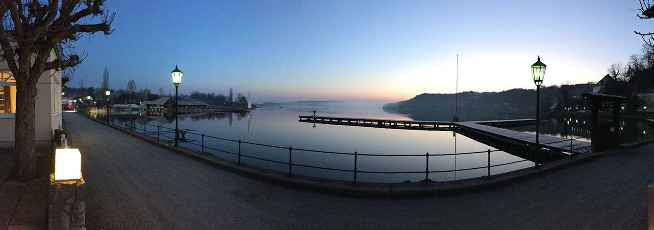 Sonnenaufgang am See.  Start in den Tag, Freitag, 5:29 Uhr #gutenmorgenÖsterreich #seewirt #Kuschelhotel #mattsee