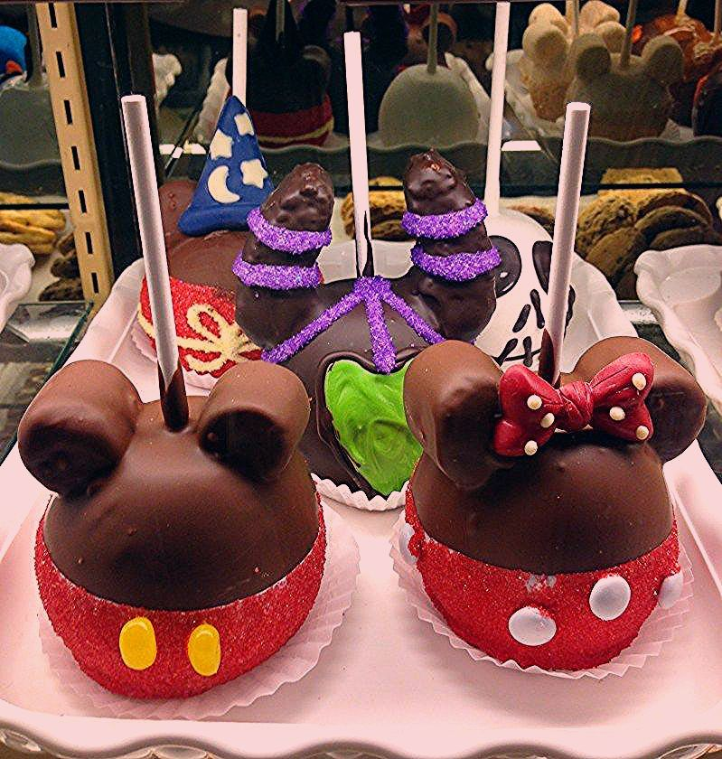Photo of 7 Best Disneyland Snacks You Must Try On Your Next Trip | The Pixie Dusted Planner