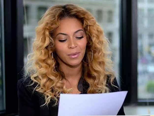 PHOTO Beyonce Reads Letter to First Lady Michelle Obama in New - what are candidate endorsement letters