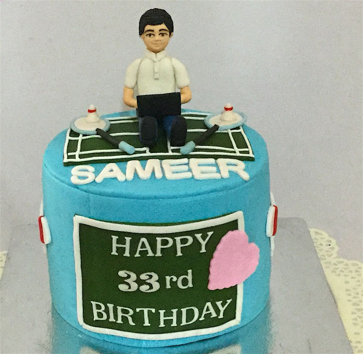 Peachy Cakes For Adults Custom Designed Miras Bangalore Delivery Funny Birthday Cards Online Alyptdamsfinfo