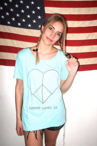 L<3LA PEACE BABY FADED TURQUOISE TEE