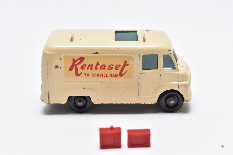 "Matchbox Lesney No.62 Commer TV Reapir Van ""Rentaset"" w/2"