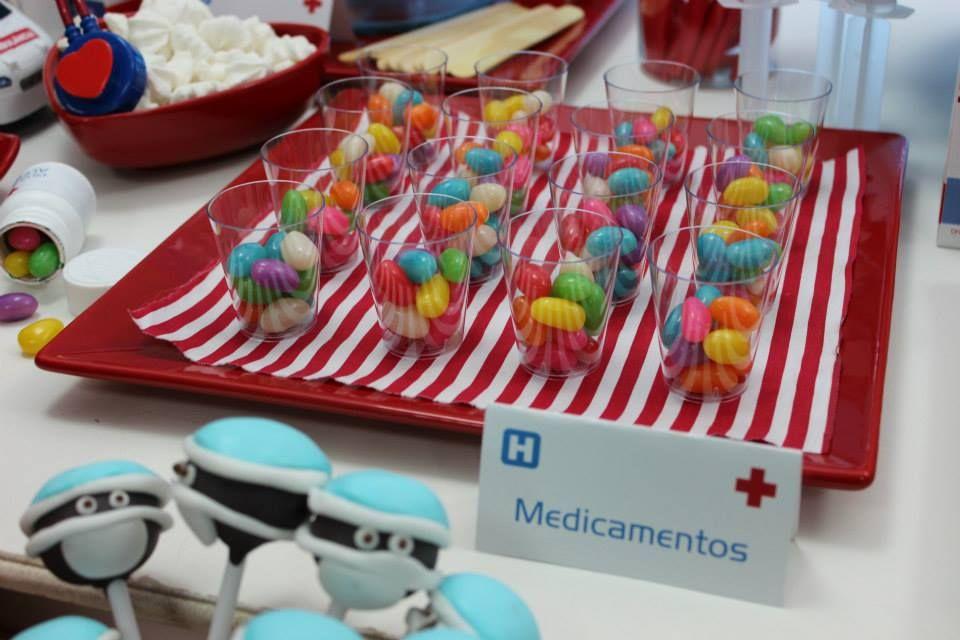 Medicamentos festa tema médico Festa médica, Festa e Ideias de festa de aniversário -> Decoração Festa Enfermeiro