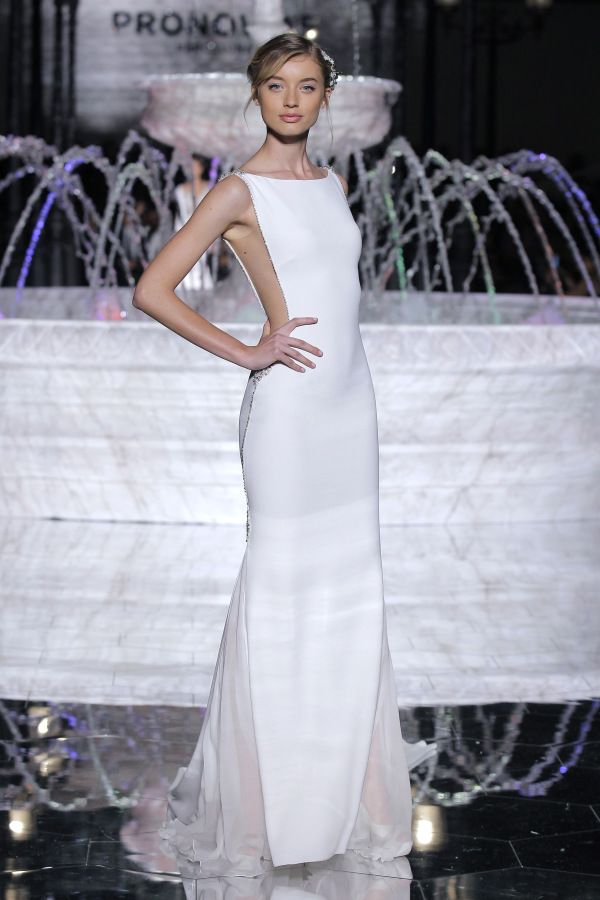 From simplistic chic to extravagant ballgown Pronovias had a drop-dead-gorgeous fashion show! http://www.stylemepretty.com/2017/05/20/we-have-your-sneak-peek-at-the-fashion-event-of-2017/ #sponsored