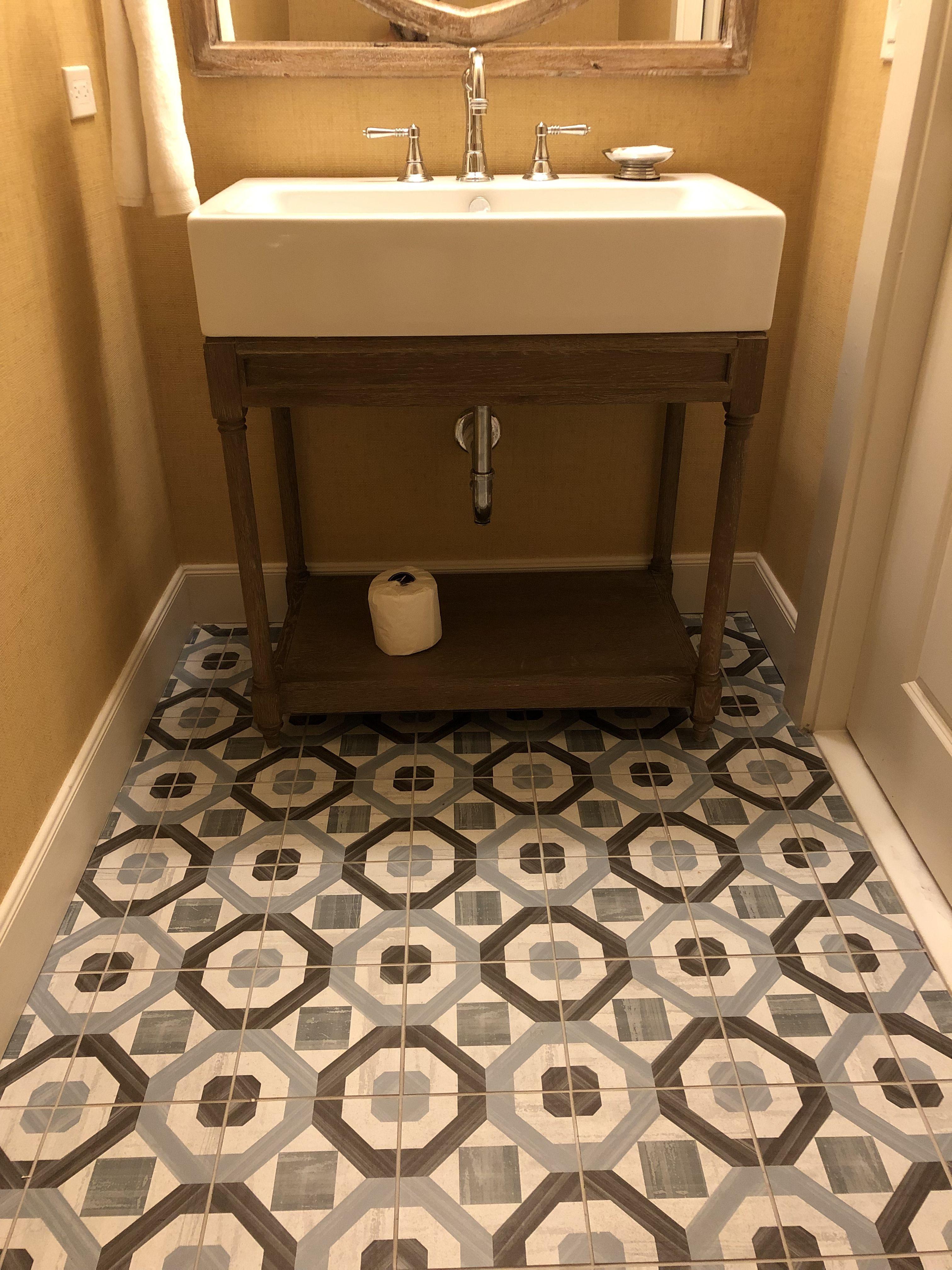 Pin By Dewayne Mercer On Powder Room Powder Room Bathroom Vanity Vanity [ 4032 x 3024 Pixel ]
