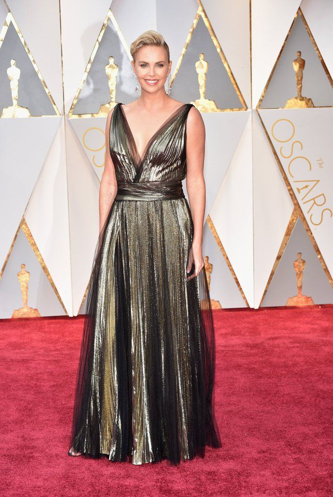 Charlize Theron Oscar 2017 Red Carpet Arrival: Oscars Red ...