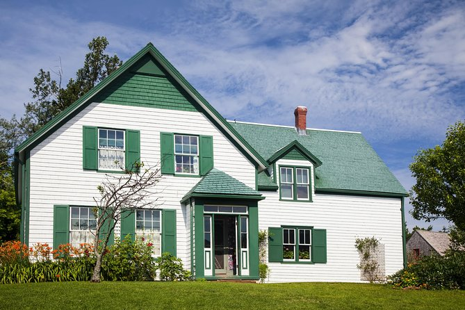 Escursione A Terra A Green Gables Shore Da Charlottetown In 2020 Green Gables Charlottetown House Styles