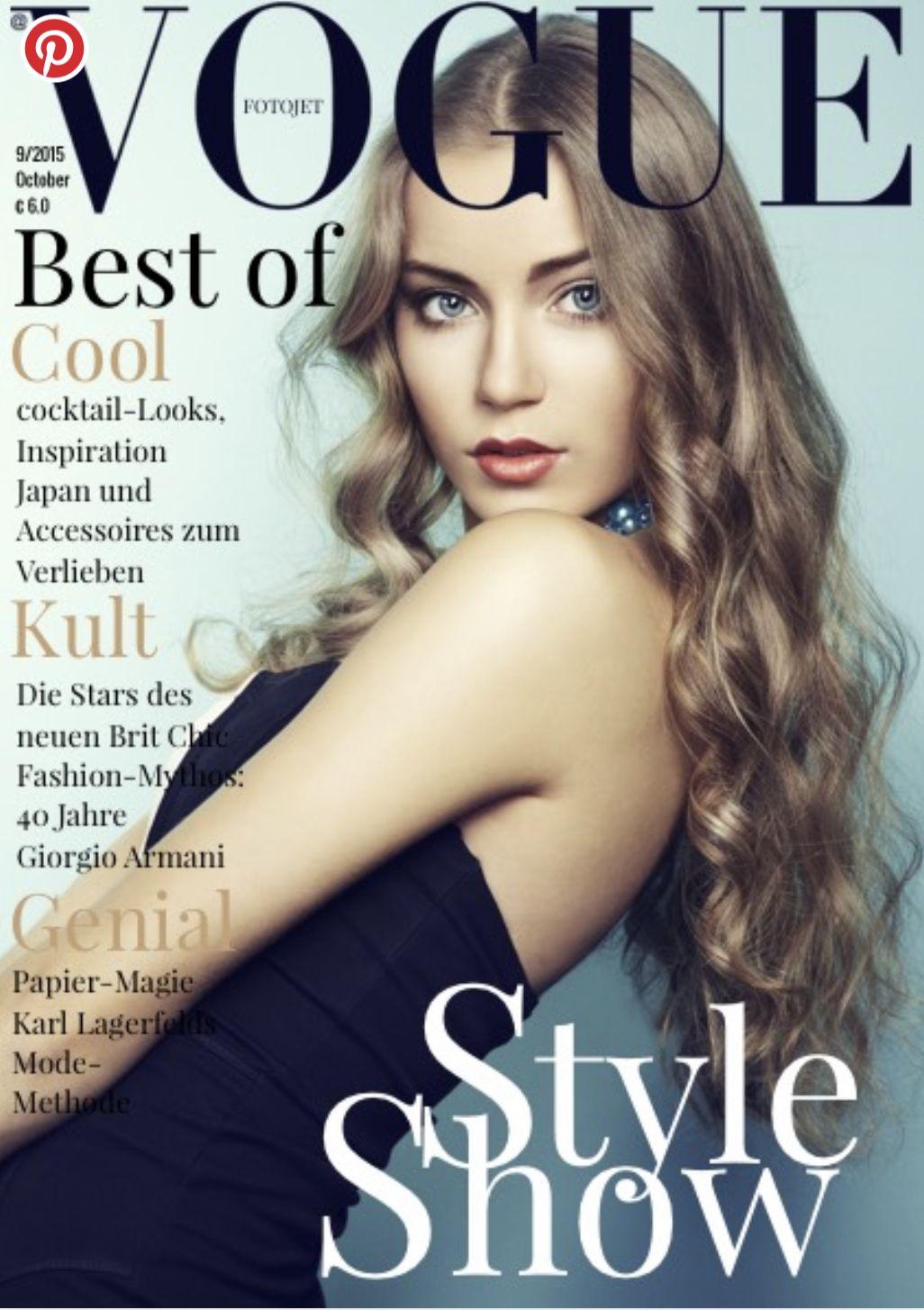 Vogue Magazine In 2020 Magazine Cover Template Vogue Magazine