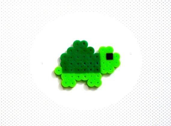 Baby TURTLE // Green Cute Kawaii Perler Beads Zoo Animals // Magnet Keychain Pin... - Poppy -