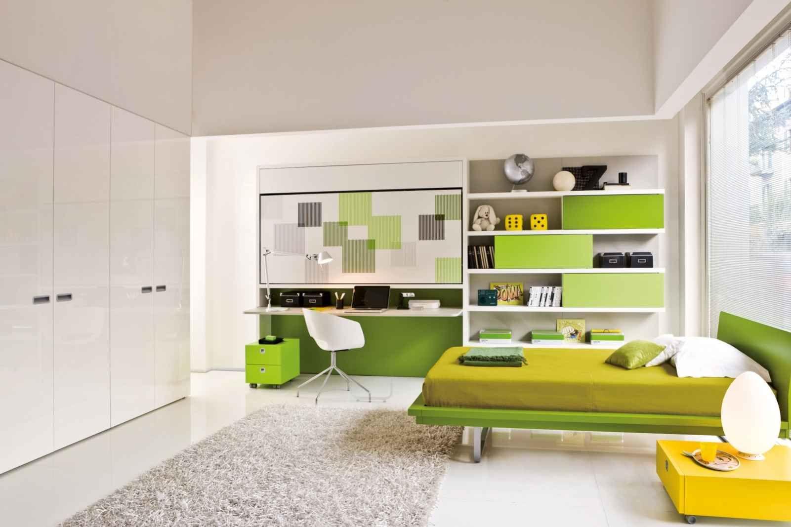 Einzelklappbett Mit Horizontalem Öffnungssystem, Inklusive Einem Fixierten  Schreibtisch Unterhalb Der Ausklappbaren Betteinheit. Für Die