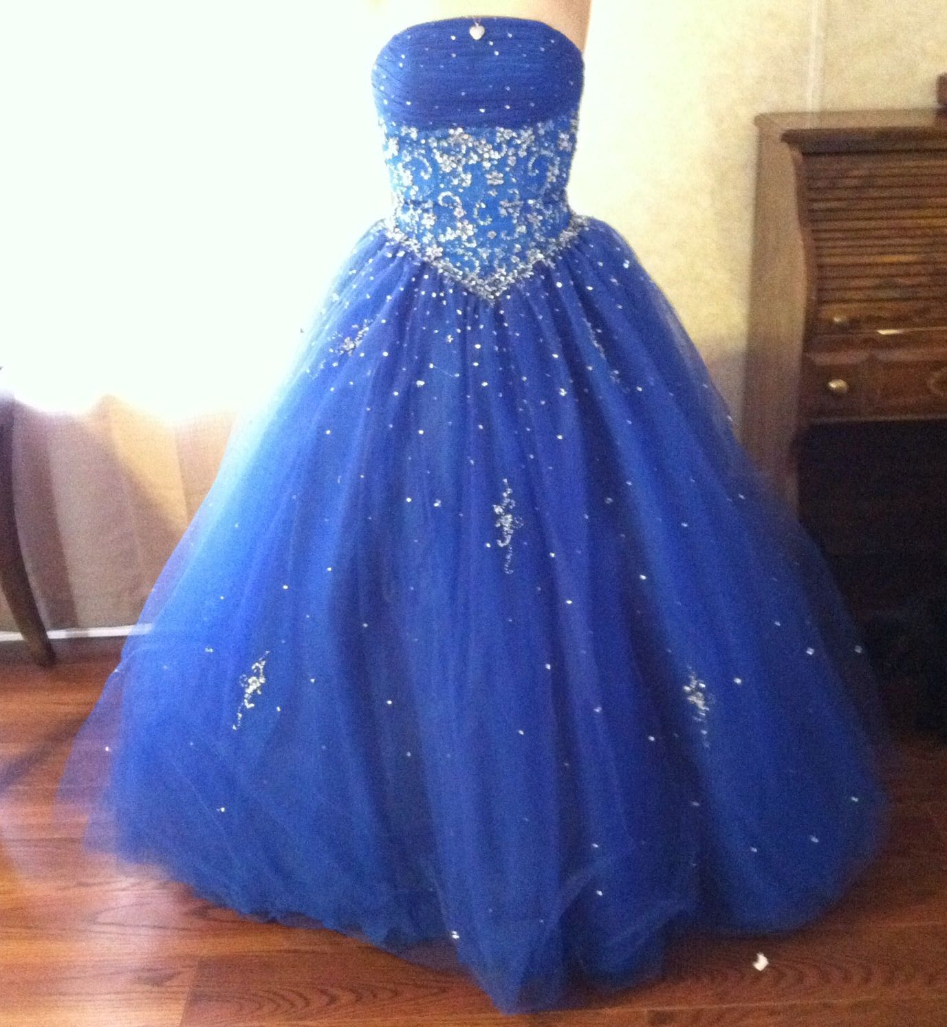 Size lace up back so can become bigger prom dress for sell