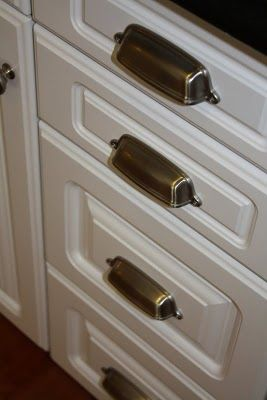 Replacement drawer pulls for the kitchen No more snagging on