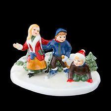 Scéna bruslení 21 cm - Vánoční hračky - Villeroy & Boch - Vánoce