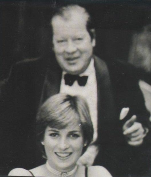 Pin By Nancy Bohlen On Royals Spencers Princess Diana Family Lady Diana Princes Diana