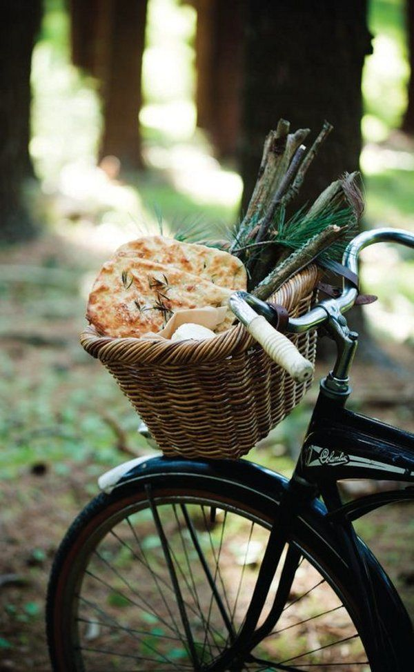 Perfect gear to go wandering around the forest in, setting up a mini feast  … don't you think? The baked lamb and Pizza Bianca look heavenly to me and just loving the retro bike and basket. Come on let's go … xxx DJ Denim by Raleigh ~ food & styling by Paul Lowe, photography by …