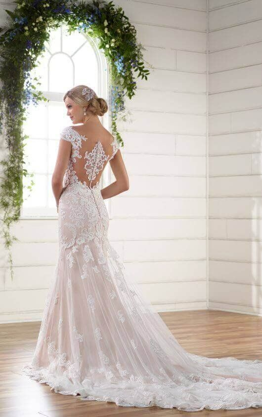 Wedding Dresses | Vintage glam, Wedding dress and Classic weddings