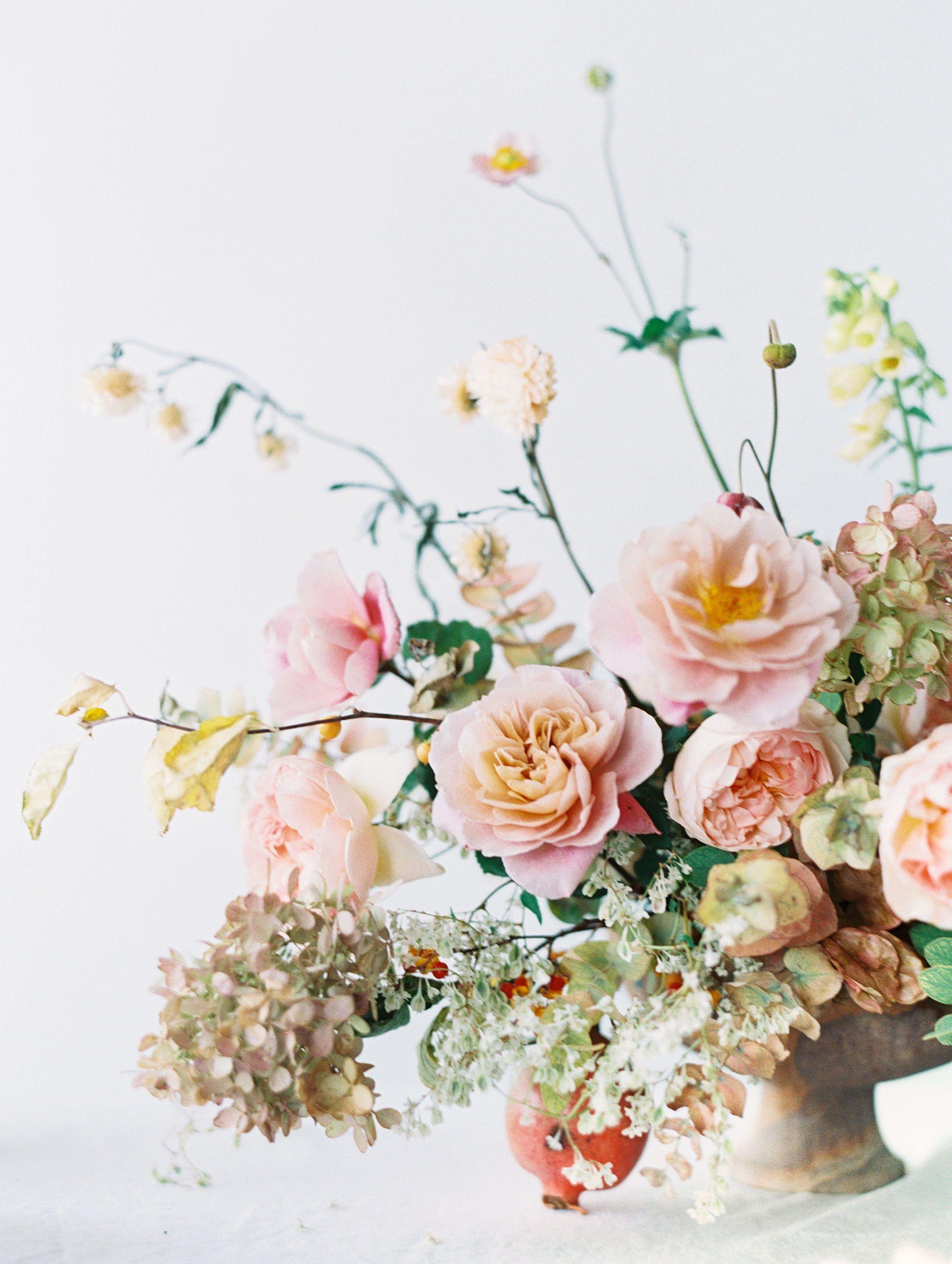 Spring Summer Bi Racial Wedding Minimalist Minimalism Loft Venue Dress Gown Cake Decoration Dec Wedding Flowers Summer Bright Wedding Flowers Wedding
