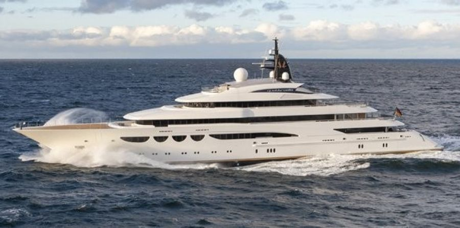 The new 85m superyacht Quattroelle has just been delivered by Lurssen in Germany, could you see yourself as on of the 28 crew? http://www.boatinternational.com/2012/11/19/update-on-88m-charter-yacht-quattroelle-at-moran-yacht-ship/