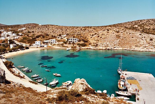 Айо Георгио – главная гавань острова Ираклия
