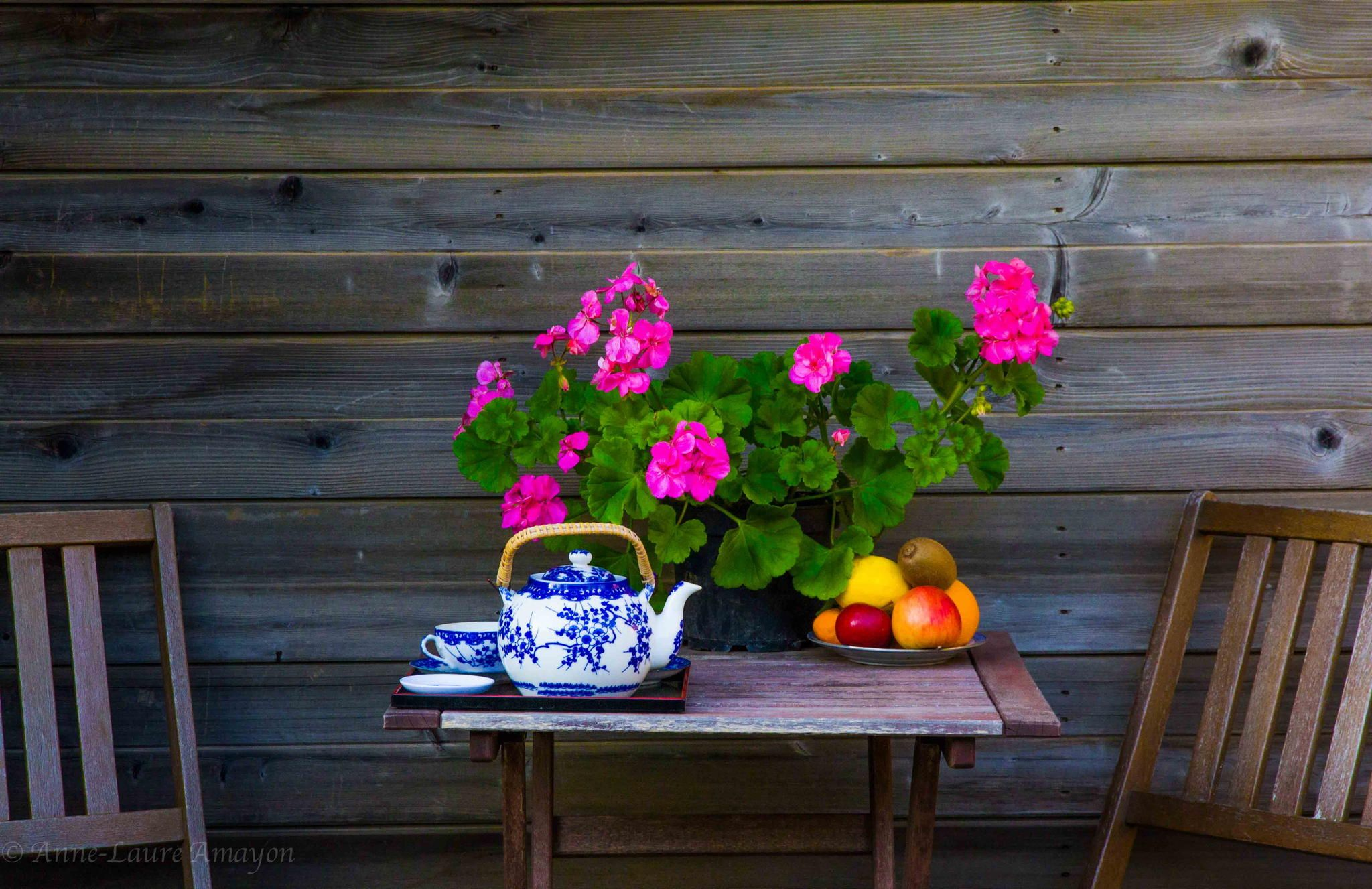 Balcony table by Anne-Laure Amayon on 500px