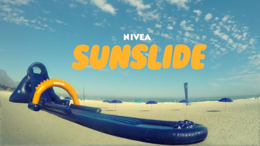 Nivea crea un tobogán que te protege del sol