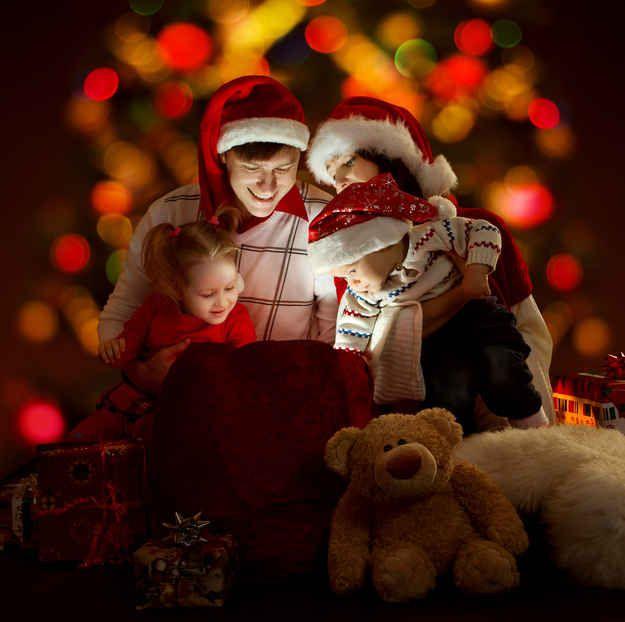21 Ways To Keep Santa Real For Your Kids Santa real, Santa and