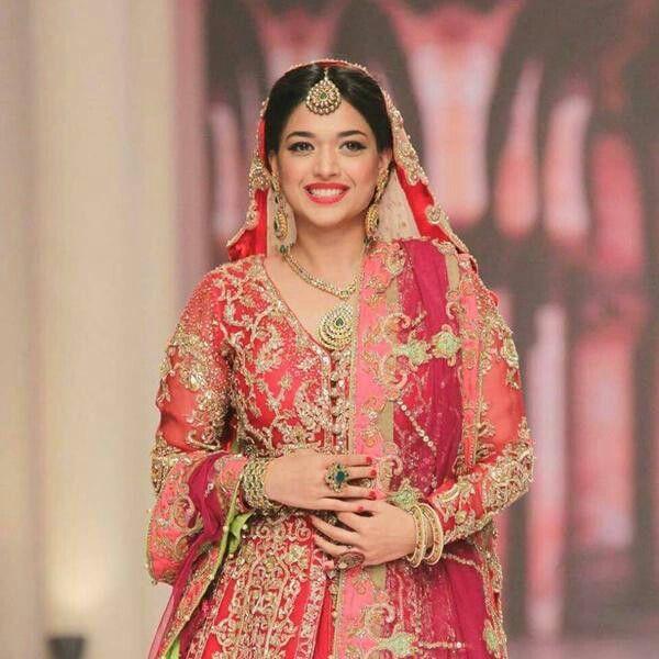Sanam Jung Bridal Bridal Outfits Pakistani Wedding Dresses Pakistani Bride