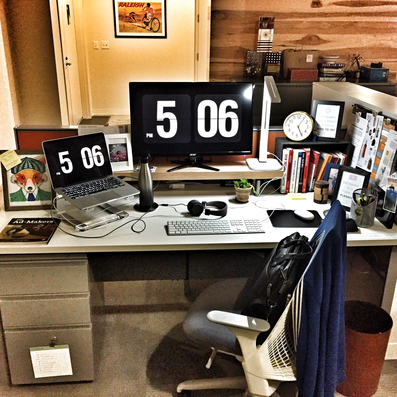 Desk Design Modern Furniture Cubicle Design Office Design Cubicle Design Desk Design Desks For Small Spaces