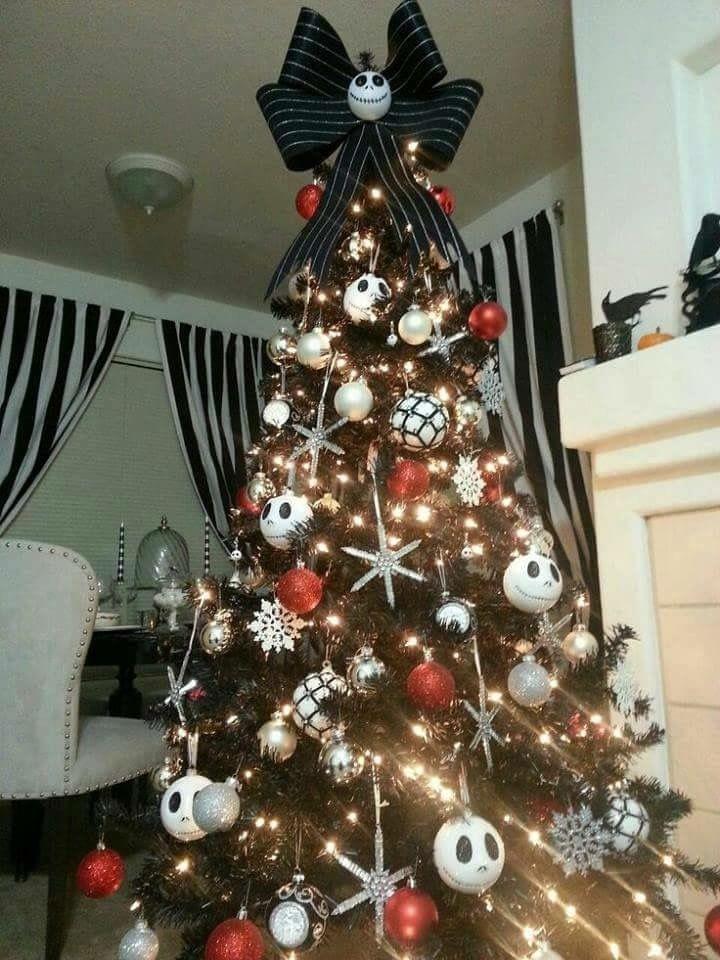 Christmas Halloween Tree.Halloween Tree Halloween In 2019 Nightmare Before