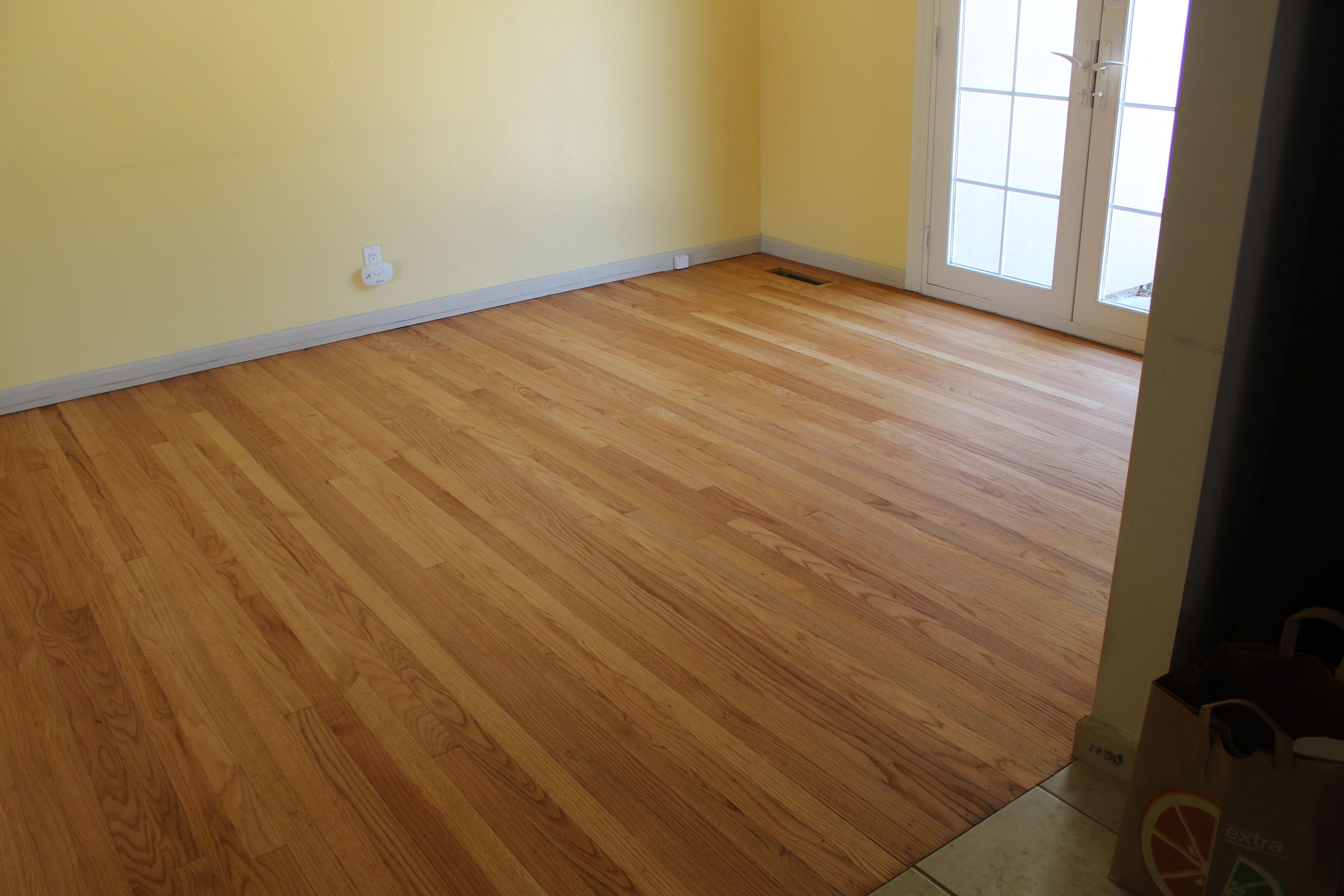 This Is A Picture Of Rubio Monocoat Zero Voc Floor Finish On A Select Red Oak Floor In Sacramento California Red Oak Floors Oak Floors Red Oak
