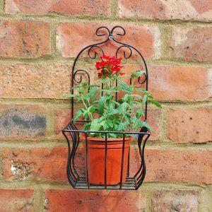 Small Black Metal Wall Planter Or Pot Holder For The Garden Amazon Co Uk Garden Outdoors Macetas Acero Hierro