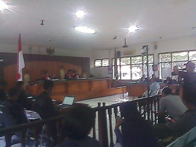 Bekas Bupati Bandung Barat Divonis 5,5 Tahun Penjara | Penjara