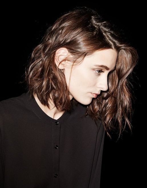Short Wavy Hairstyle Are Beautifully Created With Little Work