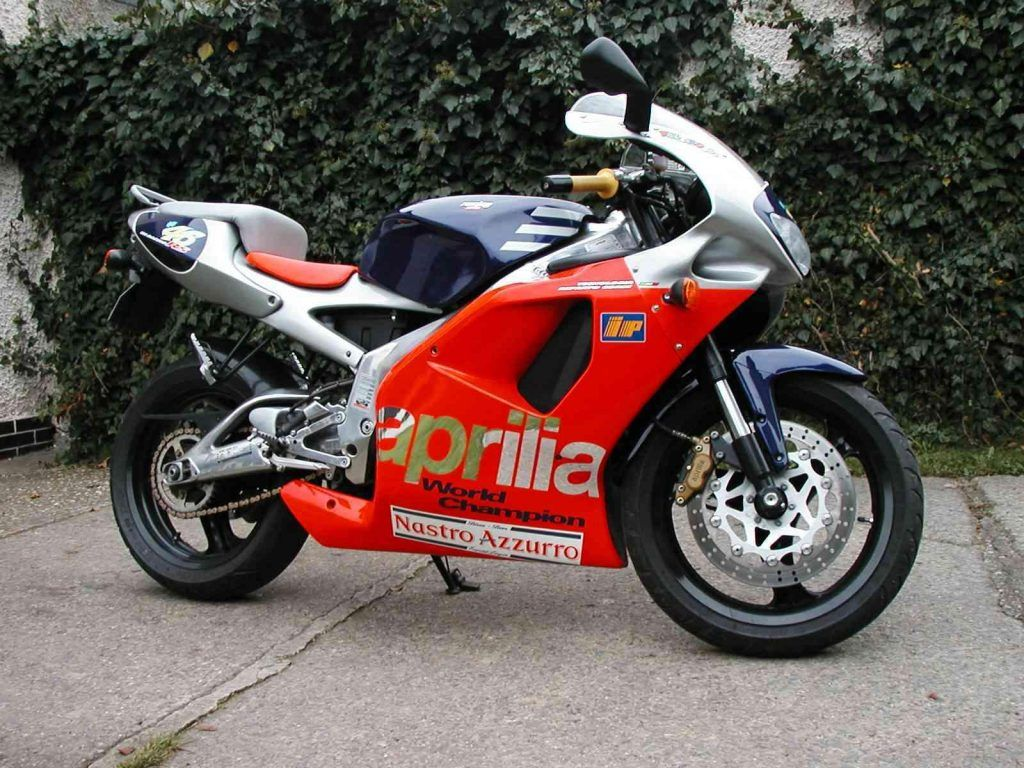 aprila uk aprilia dealers uk aprilia uk aprilia uk accessories aprilia uk contact aprilia. Black Bedroom Furniture Sets. Home Design Ideas
