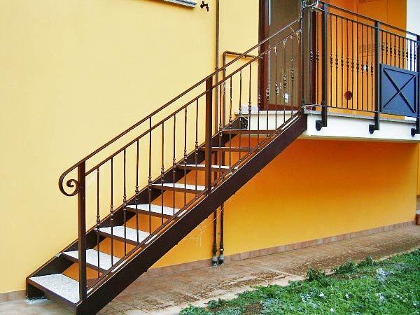 scala in ferro esterno cerca con google balconi
