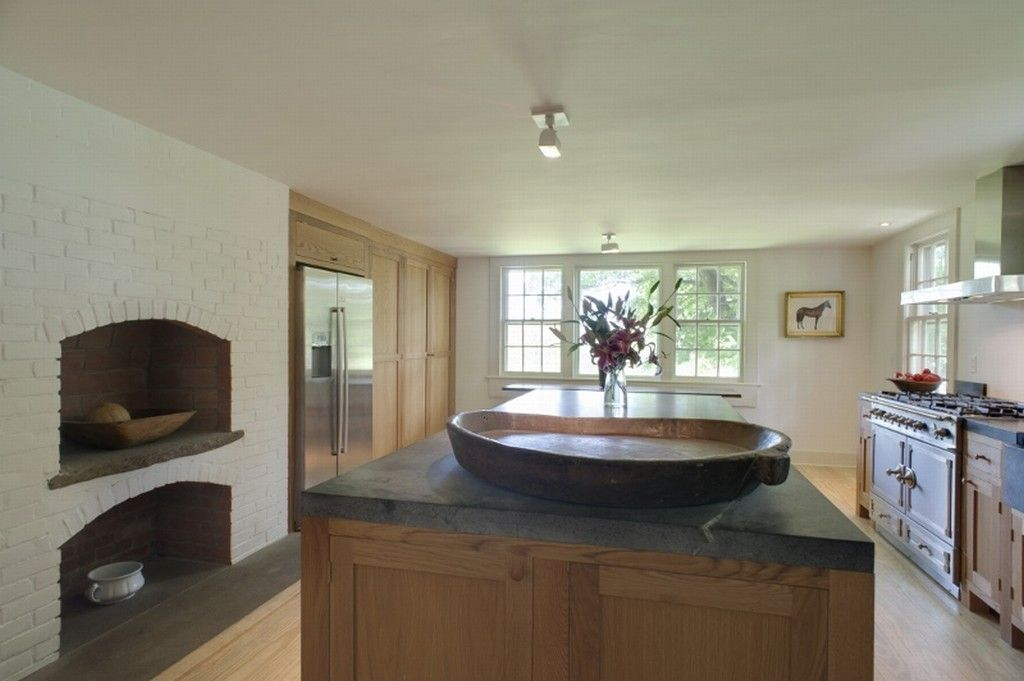 Love those marble counter tops!     The house was built by Thomas Sheldon in 1775. The property is commonly associated with Benjamin Tallmadge who served as George Washington's head of espionage.  #realestate #norfolk #connecticut #homesforsale #historichomes