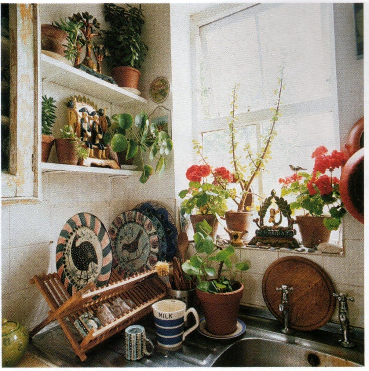 genus loci: a cheerful corner at the Yorkshire flat of British artist-designer Mark Hearld. World of Interiors, Nov 07