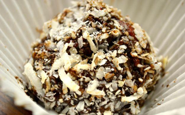 raw cacao and goji berry truffles