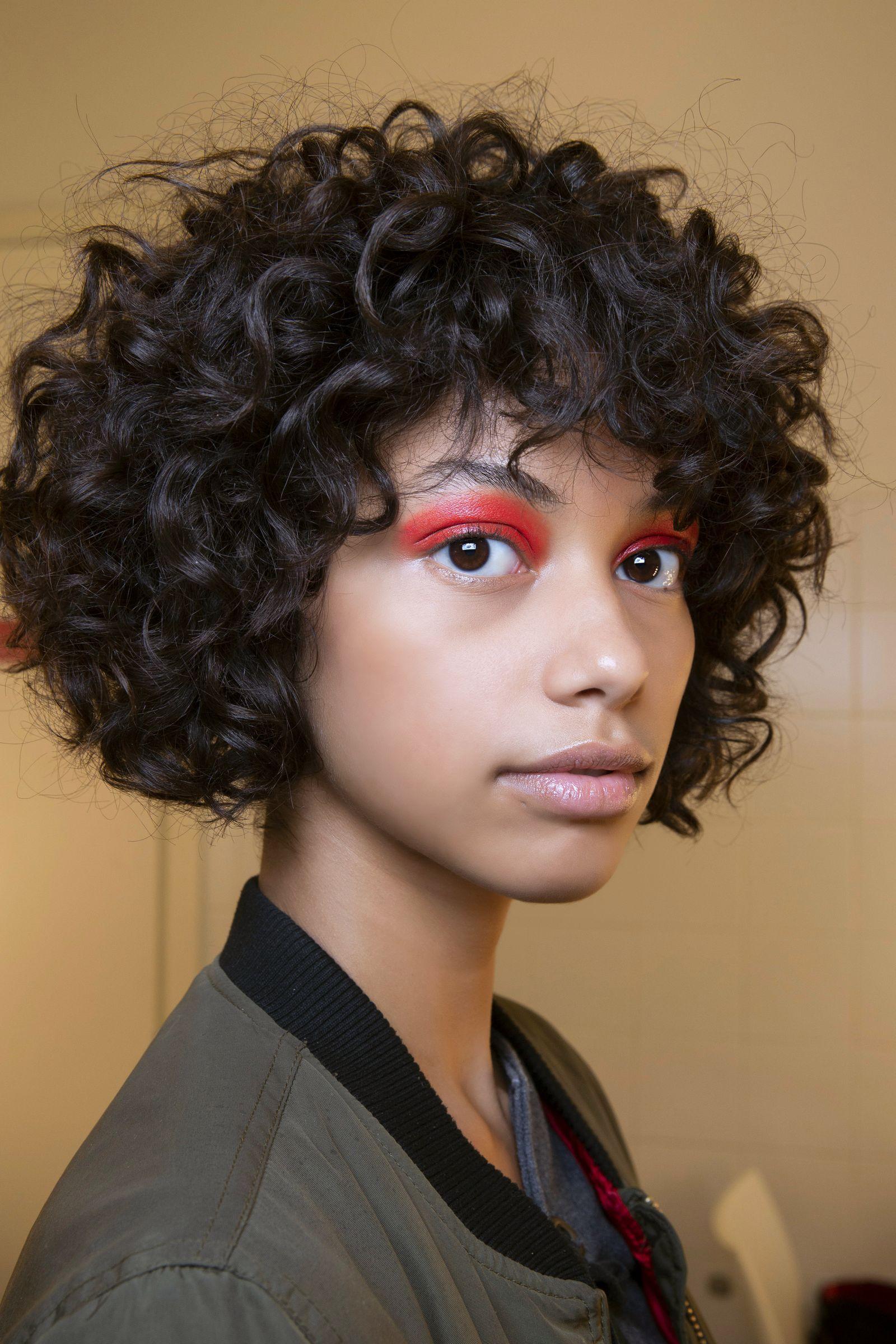 I tagli capelli ricci dell'Inverno 2020 nel 2020 | Tagli ...