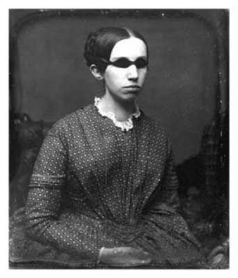 An 1845 photograph of Laura Bridgman, the first documented deaf ...