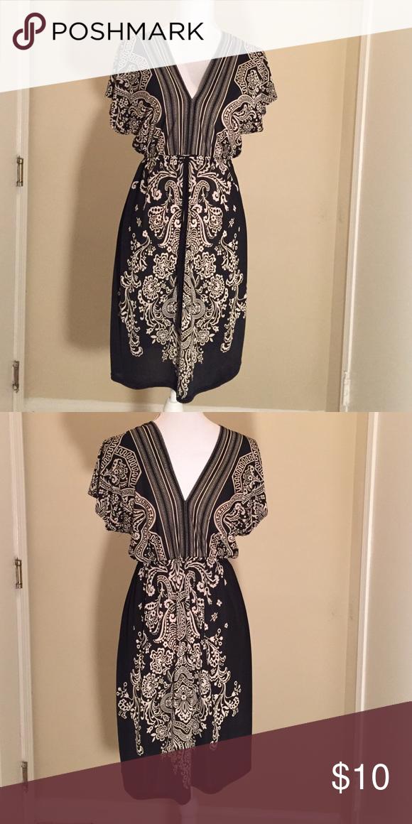 Black & White tunic dress Black & White tunic dress NWOT Dresses Midi