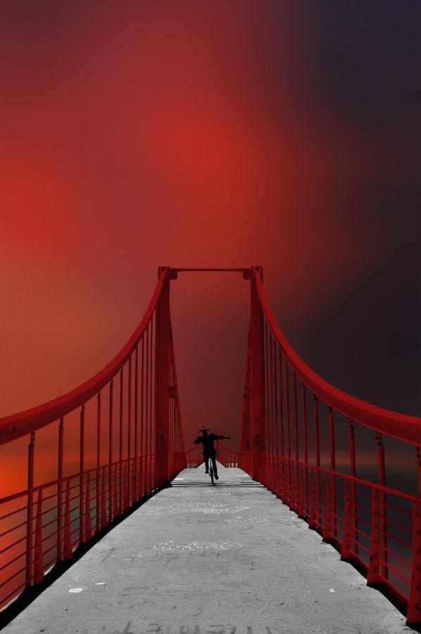 Bridge in red....