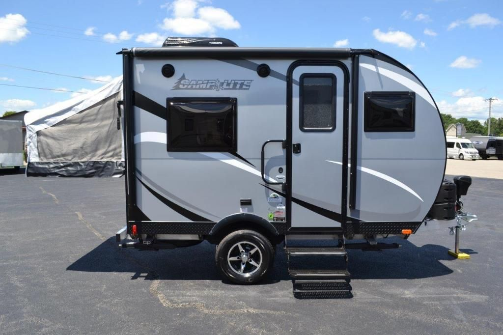 Check Out This 2018 Livin Lite Camplite 11fk Listing In Rockford Il 61109 On Rvtrad Camping Trailer For Sale Lightweight Travel Trailers Small Travel Trailers
