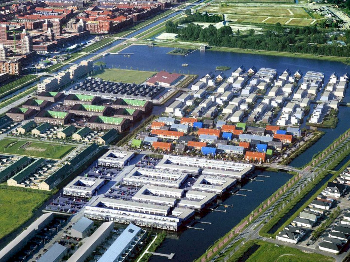 Ypenburg A New Housing Development With A Different